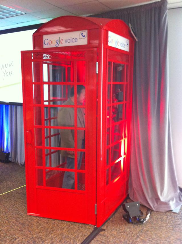 Google-phone-booth-640
